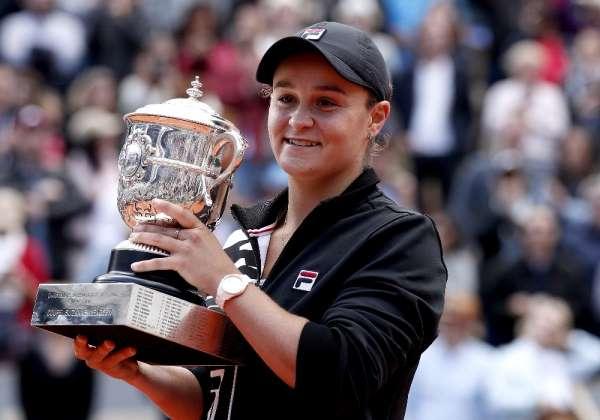 Fransa Açık'ta kadınlarda şampiyon Ashleigh Barty