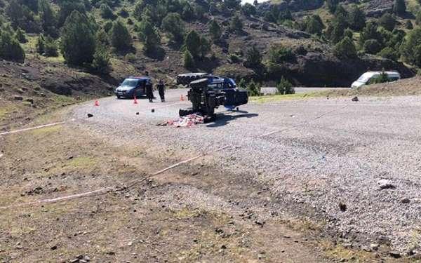 Traktör devrildi, ölü ve yaralılar var
