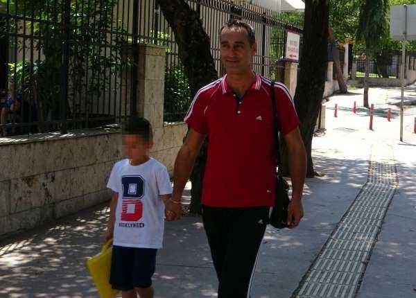 7 yaşındaki çocuğa annesi ve birlikte yaşadığı şahıs tarafından işkence iddiası