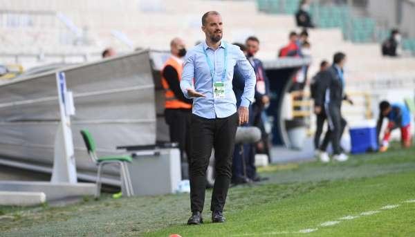 Bursaspor Teknik Direktörü Mustafa Er: Oyuncularımız Avrupa kulüplerinin radarına girdi