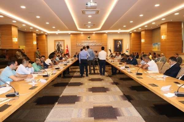 Diyarbakır'da 'Beyaz altının' yılın ilk satış seansı gerçekleşti