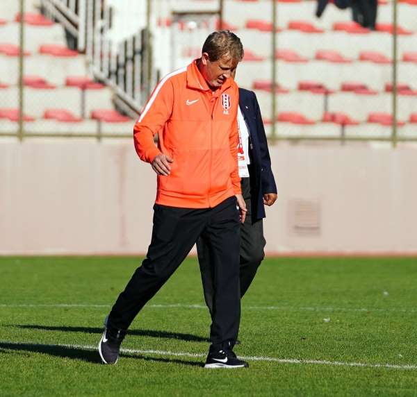 TFF 3. Lig: Halide Edip Adıvar: 0 - Nevşehir Belediyespor: 1