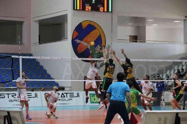 Efeler Ligi: Bingöl Solhan Spor: 0 - Yeni Kızıltepe Spor: 3