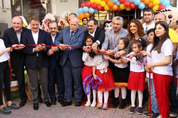 Başkan Demir: 'Ümit ediyoruz gelecekte kanserde tedavi sağlanacak'