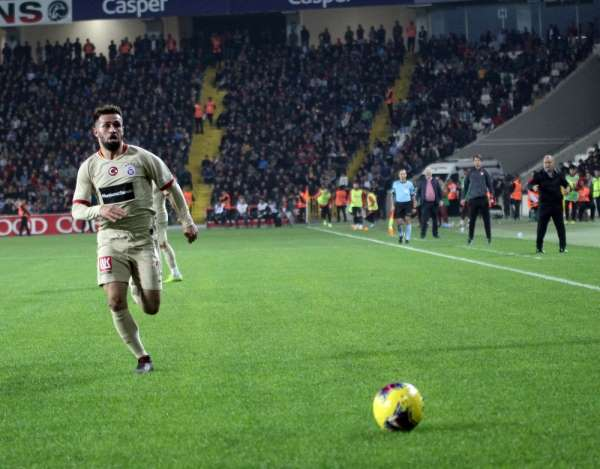 Ömer Bayram bu sezon ilk golünü attı