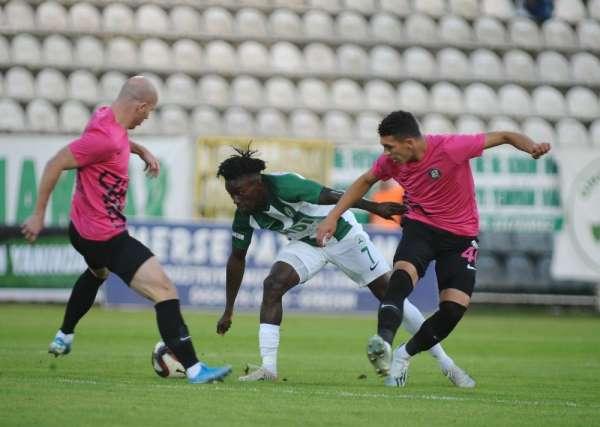 TFF 1. Lig: Giresunspor: 0 - Osmanlıspor: 1 (İlk yarı sonucu)