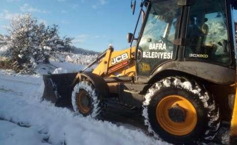 Kardan kapanan yollar açılıyor