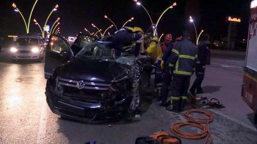 Uşak'ta feci kaza: 1'i ağır 3 yaralı