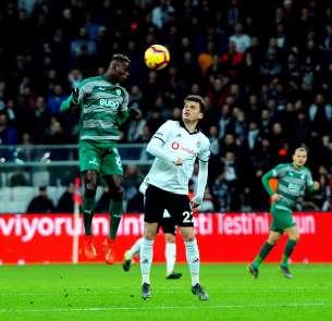 Spor Toto Süper Lig: Beşiktaş: 1 - Bursaspor: 0 (İlk yarı)