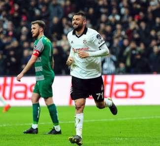 Burak Yılmaz, 4 bin 130 gün sonra Beşiktaş formasıyla gol attı