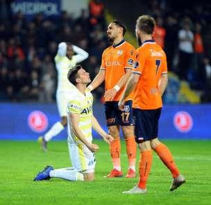 Spor Toto Süper Lig: M.Başakşehir: 2 - Fenerbahçe: 1 (Maç sonucu)