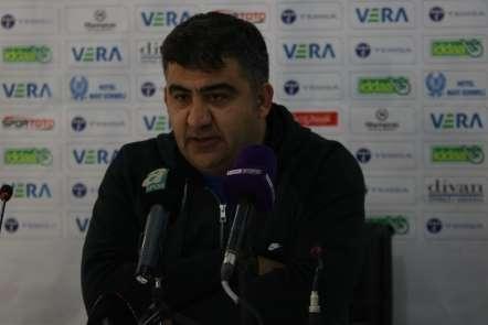 Ümit Özat: 'Önümüzdeki maç ve puanların hepsine talibiz'