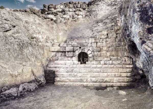 Roma kökenli Isvea'dan antik Roma barajına destek