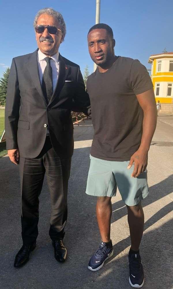 Kayserisporun yeni transferi Dja Djedje: Kayserispora isteyerek geldim