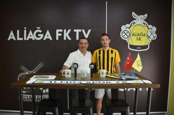 Aliağaspor FK, genç golcüyü renklerine bağladı
