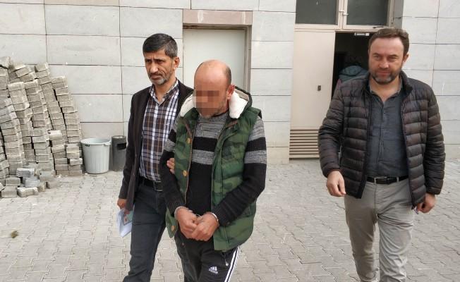 10 Yıl Hapis Cezası Vardı! Sahilde İçerken Yakalandı