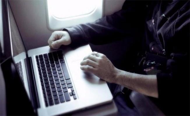 ABD, Suudi Arabistan`a laptop yasağını kaldırdı