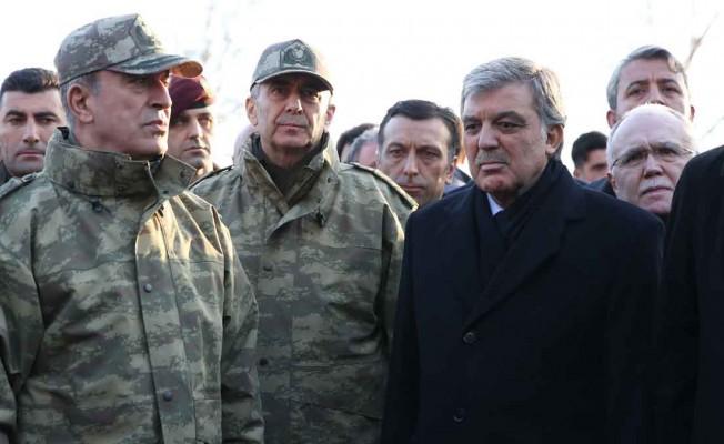 Abdullah Gül`den, Hulusi Akar Açıklaması!