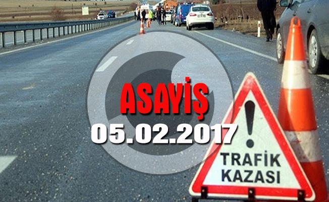Amasya'da mıcır yüklü tır devrildi: 1 ölü