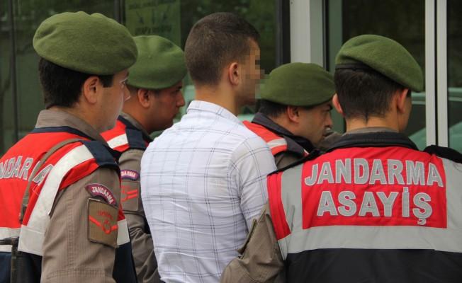 Amcasını Tabancayla Yaralayan Genç Tutuklandı