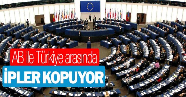 AP`den Türkiye ile müzakereler dursun raporuna onay