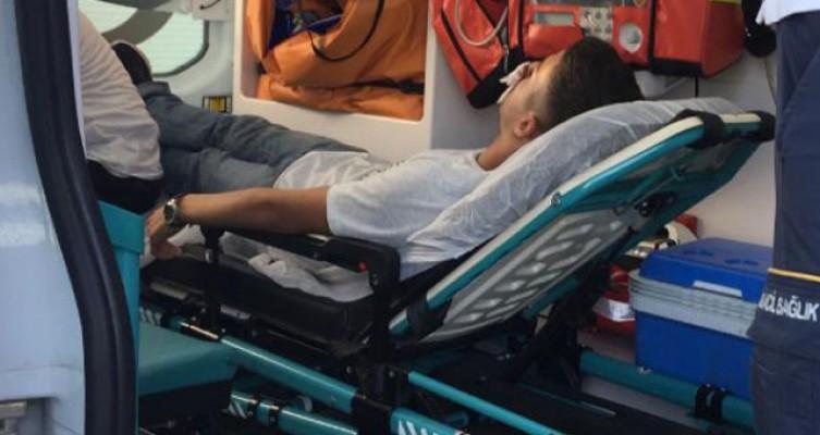 Bankta Oturan Adanalı Genç Burnundan Vuruldu