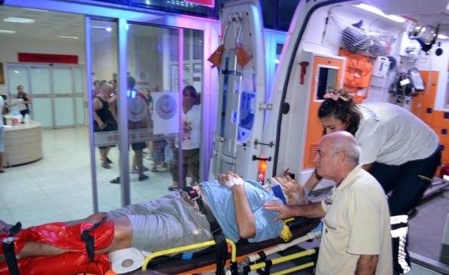 Didim-Söke yolunda kaza; aynı araçtaki 5 kişi yaralandı
