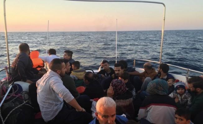 Didim'de 16'sı çocuk 32 kaçak göçmen yakalandı
