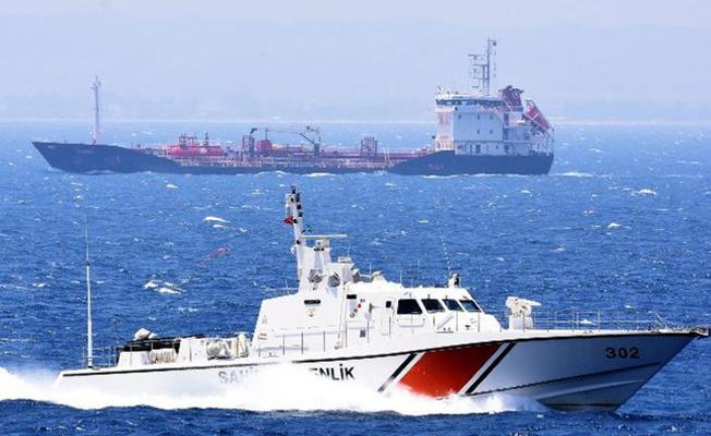 Ege`de Türk gemisi İle Yunan Savaş Gemisi Çarpıştı!