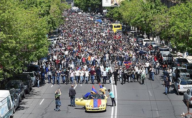 Ermenistan Yine Karıştı!