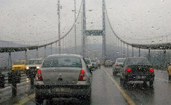 İstanbul`da şiddetli yağış başladı