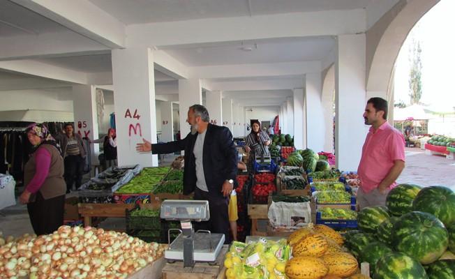 Kavak Kapalı Sebze Pazarı hizmete açıldı