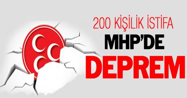 MHP`de toplu istifa şoku: 200 isim istifa etti !