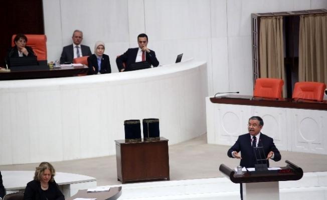 Milli Eğitim Bakanı İsmet Yılmaz'dan müfredat eleştirilerine cevap