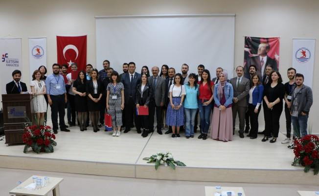 OMÜ'lü Öğrenciler Ödüllerini Aldı