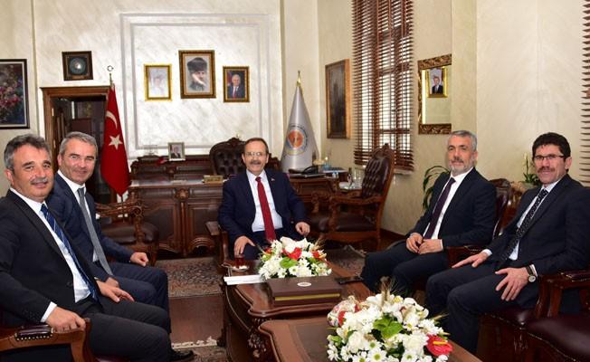 Rektör Bilgiç'ten Başkan Şahin'e Hayırlı Olsun Ziyareti