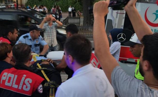 Samsun`da kamyonetin çarptığı polis yaralandı