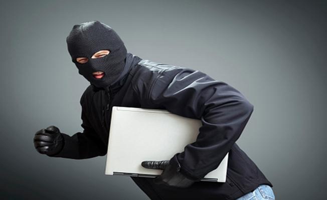 Samsun`da Laptop Hırsızlığı!
