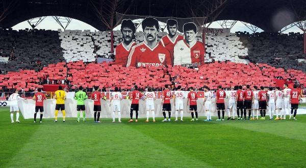 Samsunspor'un futbol şehitleri için kan verecekler