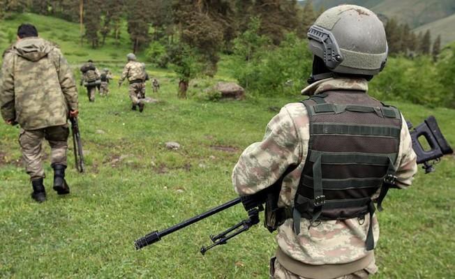 Son Dakika! Kırmızı Bültenle Aranan Terörist Sağ Yakalandı