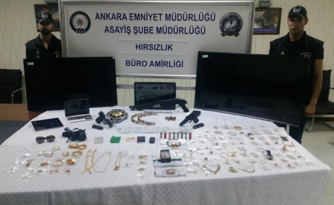 Suç makinesi kadınlar önce kameralara sonra polise yakalandı