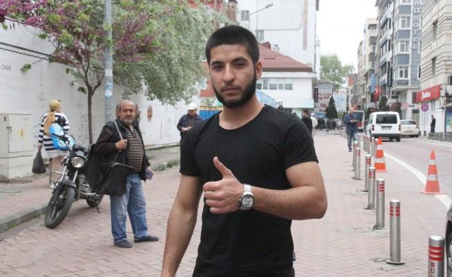 Tramvayda İnsanlık Dersi Veren Gencin Iraklı Olduğu Öğrenildi