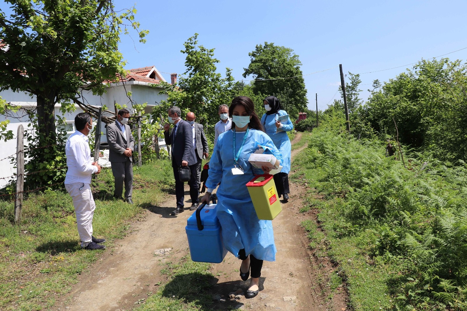 Samsun'da aşı seferberliği: 400'ün üzerinde noktada aşı yapılıyor