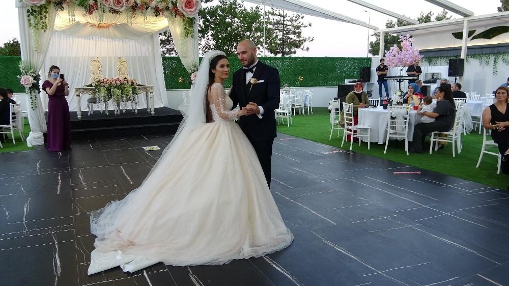 Düğün sezonu beklentinin altında başladı