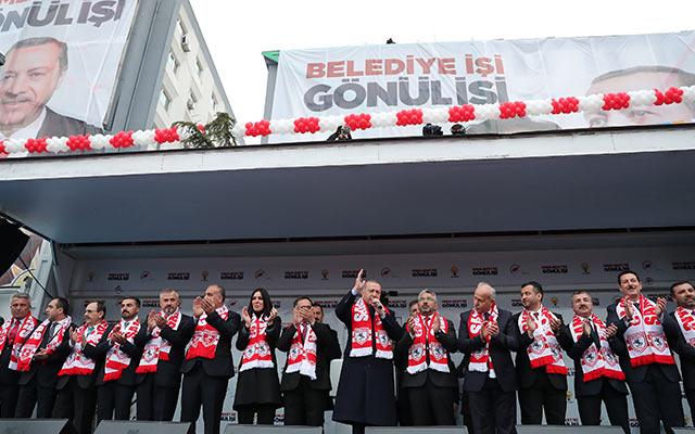 Binlerce Samsunlu Cumhurbaşkanı'nı karşıladı