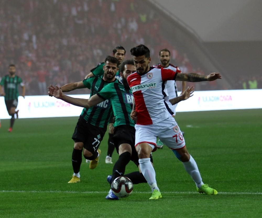 TFF 2. Lig Play-Off Çeyrek Final: Yılport Samsunspor: 0 - Sakaryaspor: 0