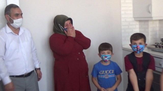 Samsun'da gözyaşlarını tutamadı! Kamera şakası mı?