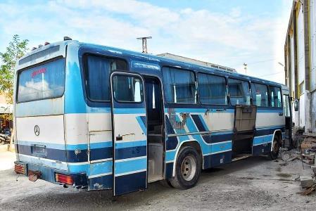 Samsun'da emekli öğretmen eski otobüsten öyle bir şey yaptı ki! Vali Dağlı tebrik etti