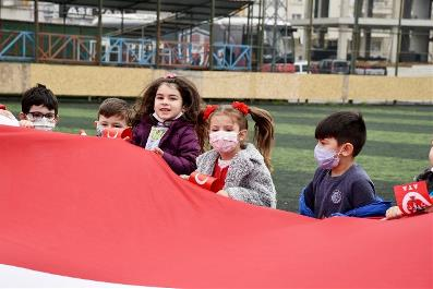 AtaÇocuklu miniklerin dünyasından 23 Nisan